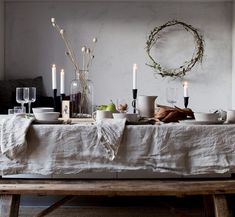 Win a natural linen tablecloth and napkins! (my scandinavian home) Win a natural linen tablecloth an Picnic Decorations, Decoration Table, Francis Mallman, Country Look, French Country, Fall Table Settings, Autumn Table, Linen Tablecloth, Linen Napkins