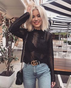 """16 k mentions J'aime, 60 commentaires - Laura Jade Stone (@laurajadestone) sur Instagram : """"Monday stolls in @billy_j_boutique ✨✨"""""""