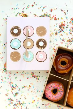 New Diy Box Packaging Tutorials Free Printable 32 Ideas Baking Packaging, Dessert Packaging, Box Packaging, Packaging Design, Diy Gift Box, Diy Box, Diy Gifts, Chocolates, Donut Gifts