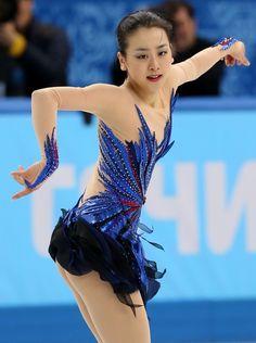 女子フリーで躍動感あふれる演技を見せる浅田真央=ロシア・ソチのアイスベルク・パレスで2014年2月20日、貝塚太一撮影