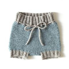 Baby Bloomers MARIE Knitting pattern by Rosa Gröszer - Baby Boy Knitting Patterns, Baby Cardigan Knitting Pattern, Knitting For Kids, Diaper Cover Pattern, Brand Name Clothing, Baby Pants, Baby Leggings, Baby Bloomers, Yarn Brands