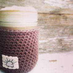 Free pattern for jar cozies.  Adorable! Perfect for warm drinks this fall.  2 different variations on pattern.