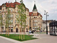 Palatul Vulturul Negru Bulgaria, Romania, Mansions, House Styles, Home Decor, Mansion Houses, Homemade Home Decor, Manor Houses, Fancy Houses
