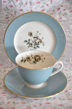 Royal Doulton Rose pattern Tea Cup & Saucer Trio
