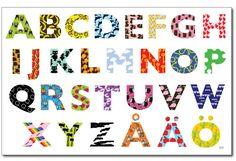Underlägg till mat-eller skrivbordet med alla bokstäver i alfabetet.