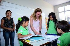 Teresa Surita visita as obras de reforma e ampliação da Escola Municipal Luiz Canará.  #teresasurita #educacao #obras #boavista #roraima