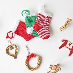 This Xmas crochet a cute stocking ornament! Links to tons of Blacksheep freebies, thanks so xox (loving the Annaboo's Freebie Ami's)