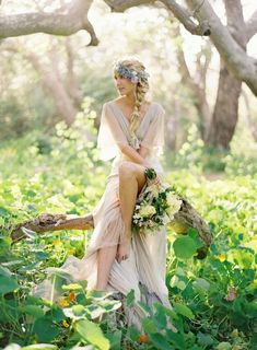 Bohemian bride Keywords: #weddings #jevelweddingplanning Follow Us: www.jevelweddingplanning.com  www.facebook.com/jevelweddingplanning/