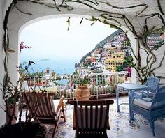 Le Sirenuse in Positano, Italy. Quite possibly my most favorite city in the world!