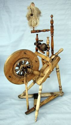 ANTIQUE LITHUANIAN SPINNING WHEEL DATED: 1897!