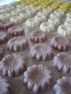 Cowboy style cream cheese mints!! Yee haw! | Wedding Ideas ...