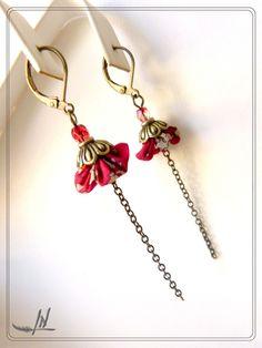 """Dormeuses textiles """"tissu passion"""" et chaînette bronze : Boucles d'oreille par lydia-nowik-dans-ma-tour-d-ivoire"""