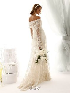 10 Wedding Gowns Perfect For Women Over 50 | wedding ...