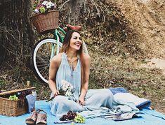 Picnic photoshoot, spring dress, spring photoshoot, bicycle photoshoot