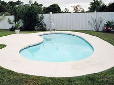 Blue Hawaiian Fiberglass Pools and Spas | Kidney