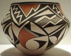 Fine Native American Pottery, Jewelry, Kachinas and Painting Native American Pottery, Native American Indians, Native Americans, Southwest Pottery, Southwest Art, Pueblo Pottery, Ceramics Ideas, American Indian Art, Native Indian
