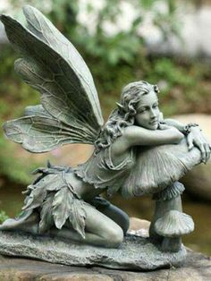 Enliven your outdoor décor with this charming fairy figurine that offers an intricately detailed design and a touch of whimsy. Fairy Statues, Fairy Figurines, Garden Statues, Garden Yard Ideas, Garden Art, Garden Deco, Woodland Creatures, Magical Creatures, Sculpture Art