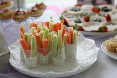 Kids party ideas / invitations / ice cream on a stick / children / DIY Laura Lusena: Audray's 4th Birthday/ food / carrot and cucumber sticks / kids snacks