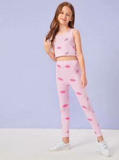 To find out about the Girls Lip Print Tank Top & Leggings Set at SHEIN, part of our latest Girls Two-piece Outfits ready to shop online today! Tween Fashion, Look Fashion, Girl Fashion, Fashion Outfits, Mädchen In Leggings, Girls In Leggings, Little Girl Leggings, Little Girl Models, Girls Lips