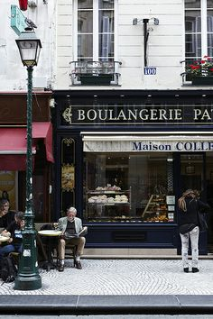 Paris by Nicole Franzen Photography. A lovely, evocative image of a traditional bakery. No wonder I worried about my weight while I lived there.