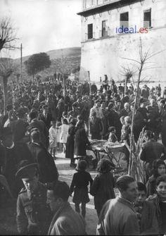 Celebración de la Romería de San Cecilio en la Abadía del Sacromonte. Imagen de los año 50. Torres Molina/Archivo de IDEAL