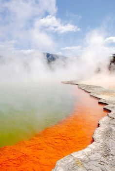 20 Amazing Travel Experiences to Have Before You Die | Champagne Pool in New Zealand