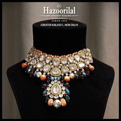 Hazoorilal jewellers is one of the best diamond jewellery stores in Delhi offering the superior quality diamond jewellery which has been designed with great care to make you look your absolute best. Indian Jewelry Earrings, Bridal Jewelry, Diamond Jewelry, Gold Jewelry, India Jewelry, Gem Necklaces, Beaded Jewelry, Hazoorilal Jewellers, Best Jewelry Stores