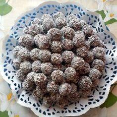 Egy finom Kókuszgolyó pofonegyszerűen ebédre vagy vacsorára? Kókuszgolyó pofonegyszerűen Receptek a Mindmegette.hu Recept gyűjteményében!