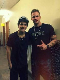 Austin and Dave omg guys i missed this.