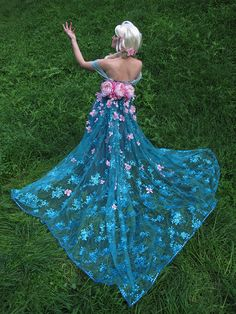 Queen Elsa Frozen Fever Cosplay (Spring Dress) by glimmerwood on DeviantArt
