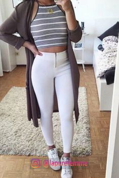 Teenager Mode Outfits Source by meikaiala Winter Fashion Outfits, Fall Winter Outfits, Autumn Winter Fashion, Trendy Fashion, Fashion Ideas, Fashion Trends, Spring Outfits, Casual Winter, Fashion Fashion