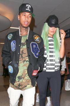 Kylie Jenner Arrives At Lax Airport In Los Angeles 09 16 2015 ~ Kylie Jenner Website Kylie Jenner Website, Kylie Jenner Tyga, Kylie Jenner Snapchat, Pics Of Kim Kardashian, Radar Online, Rapper, Hip Hop, Underwear, Bomber Jacket