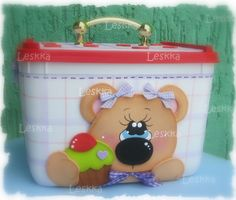 Leskka - Arte em e.v.a Lulu Love, Lalaloopsy, Foam Crafts, Room Organization, Dory, Craft Fairs, Ideas Para, Lunch Box, Christmas Ornaments