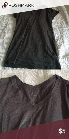 Dark grey v neck Cute grey v neck Arizona Jean Company Tops Tees - Short Sleeve