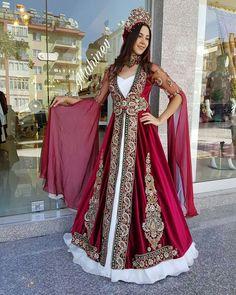 Turkish Wedding Dress, Kids Party Wear Dresses, Bridal Dresses, Prom Dresses, Hijab Style Dress, Kurdistan, Kurta Designs, Traditional Outfits, Get Dressed