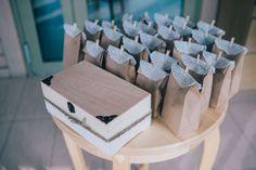 Tolle Ideen für Gastgeschenke, die einen bleibenden Eindruck hinterlassen und für Unterhaltung auf der Hochzeit sorgen. DIY Hochzeitsideen jetzt nachlesen!