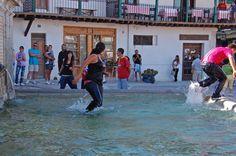 Disfruta de las Fiestas 2015. Quien no ha caído... ¡¡Al pilón!! Infórmate de todo con la etiqueta #FiestasChinchón2015
