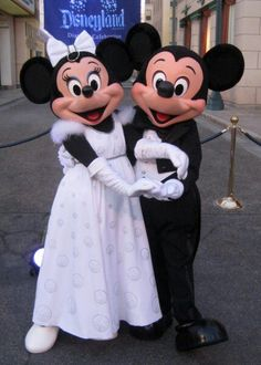 Mickey and Minnie all dressed up for Disneylands 60th Anniversary !