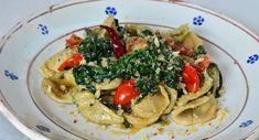 Orecchiette+e+Cavolo+Riccio+o+Col'+Rizz' Pasta Salad, Spaghetti, Ethnic Recipes, Food, Hama, Italia, Crab Pasta Salad, Essen, Meals