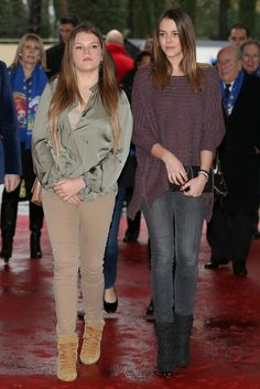 Pauline Ducruet Grâce Maguy née 4 mai 1994  Monaco fille de la princesse Stéphanie de Monaco et de Daniel Ducruet ici  avec sa soeur camille