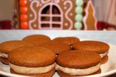 Täytetyt piparileivokset No Bake Cookies, Baking Cookies, Breakfast, Desserts, Christmas, Food, Morning Coffee, Tailgate Desserts, Xmas