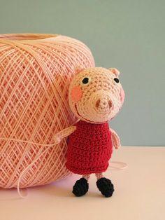 Aaawh, Peppa the Pig made by manifattive. Free pattern by Herika here http://herikaconlah.blogspot.it/2013/05/herigurumi-peppa-pig-tutorial-amigurumi.html