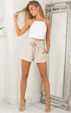 Volants Shorts Femmes Plage Cordon Arc Ceinture Shorts Pocket Femmes Lâ Summer Outfits Women, Short Outfits, Casual Outfits, Cute Outfits, Belted Shorts, Ruffle Shorts, Loose Shorts, Boho Shorts, Fashion Pants
