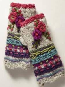 Light Gray Casual Tribal Women Knitted Gloves & Mittens – Frida K - Crochet Diy Tricot Crochet, Crochet Gloves, Freeform Crochet, Hand Crochet, Knitted Mittens Pattern, Knit Mittens, Knitting Patterns, Crochet Patterns, Tribal Women