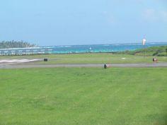 Vista desde el aeropuerto internacional Gustavo Rojas Pinilla (ADZ), San Andrés, Colombia.
