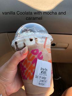 Best Dunkin Donuts Drinks, Dunkin Donuts Iced Coffee Recipe, Cold Starbucks Drinks, Iced Coffee Drinks, Coffee Drink Recipes, Starbucks Recipes, Thanksgiving Cakes, Yummy Drinks, Caffeine