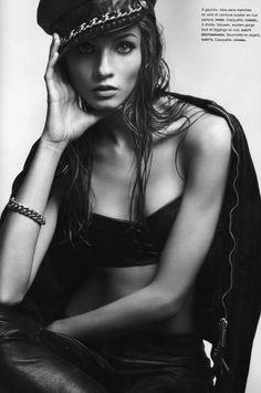 Anna Selezneva | Camilla Akrans #photography | Numéro 111