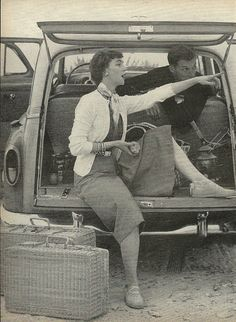 1954: When going on a picnic a girl needs to choose the right  man, the right spot and  make the right meal if it is going to be a success...