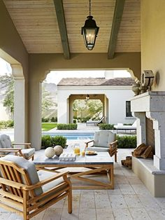 outdoor porch w/ fireplace
