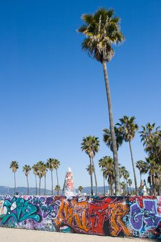 Southern California's quintessential bohemian playground, Venice Beach is a haven for artists, New Agers, and free spirits of all stripes. Venice California, California Dreamin', Vintage California, San Francisco News, Los Angeles Usa, Airport Hotel, City Of Angels, Santa Monica, Graffiti
